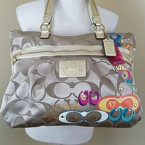 Coach Daisy Pop C Applique Carryall Tote Handbag